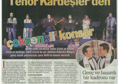 tenor kardeslerden cok renkli konser